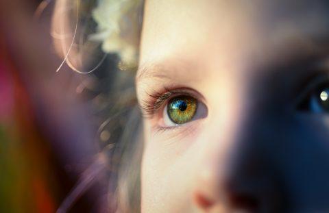 Little girl's eyes