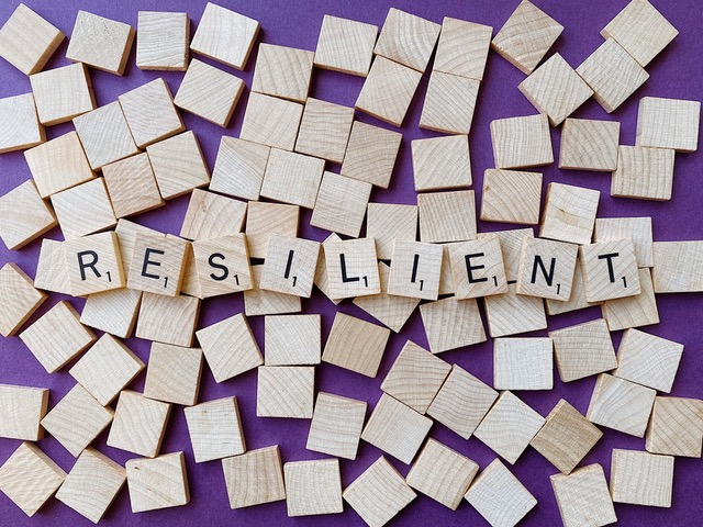 resilient in Scrabble letters